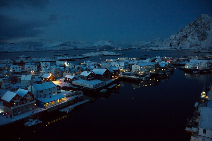 Lofoten by night